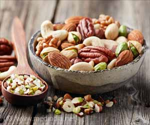 Eating Nuts Every Day Can Boost Your Brain Health