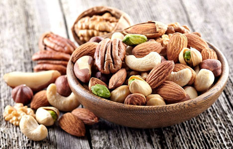 Eating Nuts May Improve Brain Health