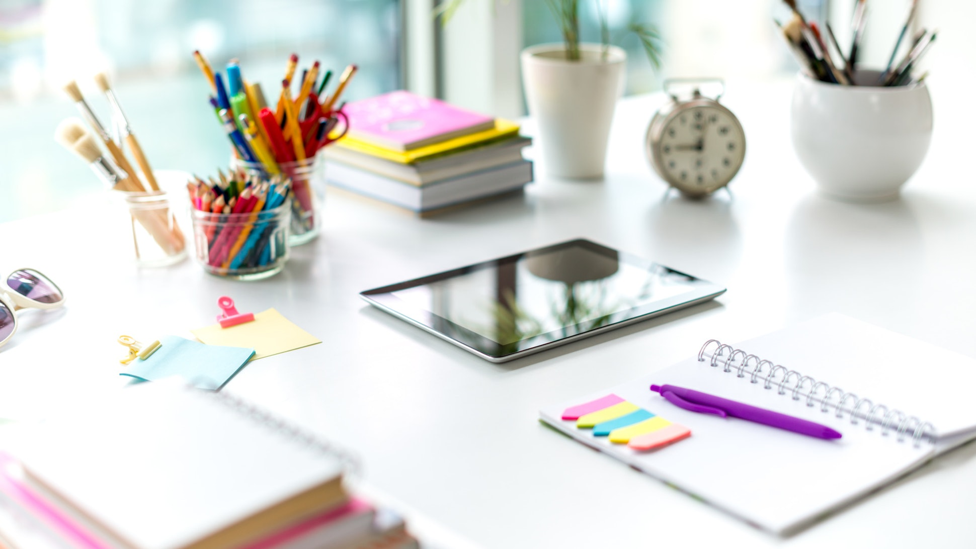 16 Little Things To Make Your Desk More Pleasant
