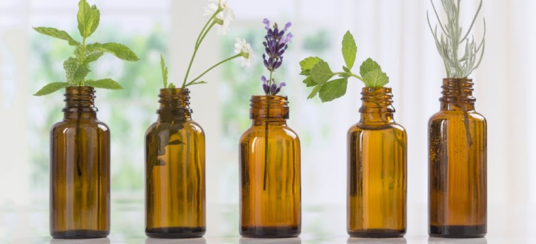 Essential Oils: Main Benefits and 101 Uses