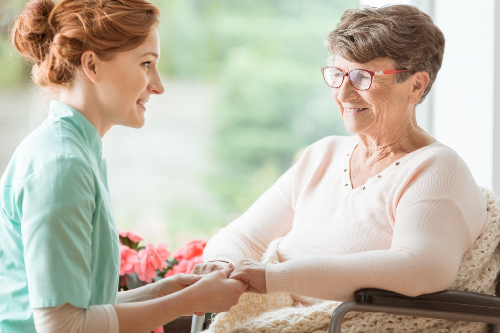 You're Not Alone: Realistic Tips for Caring for Someone with Dementia
