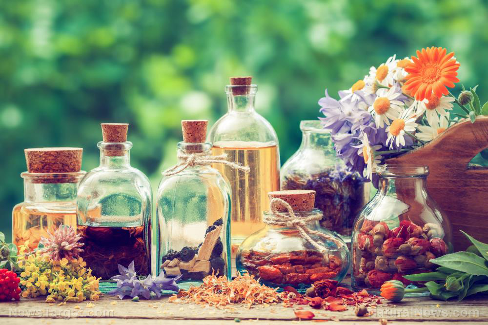 Essential oils can alleviate the symptoms of perimenopause