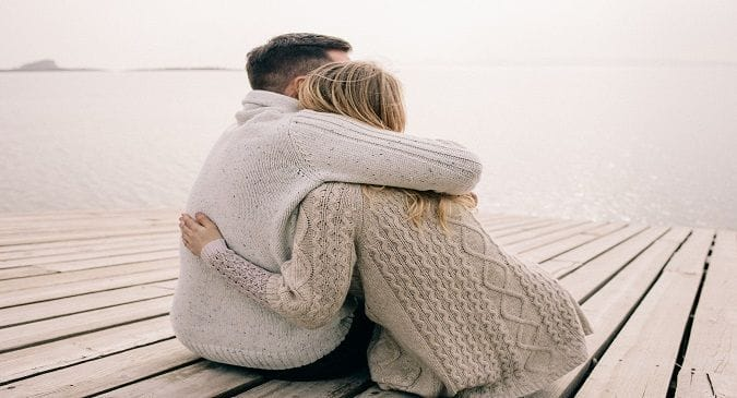 All you women need to be hugged at least once a day: Here's why