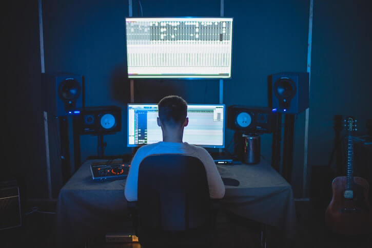 Lindsay Guion Explains How Different Types of Music Can Either Distract You or Boost Your Productivity