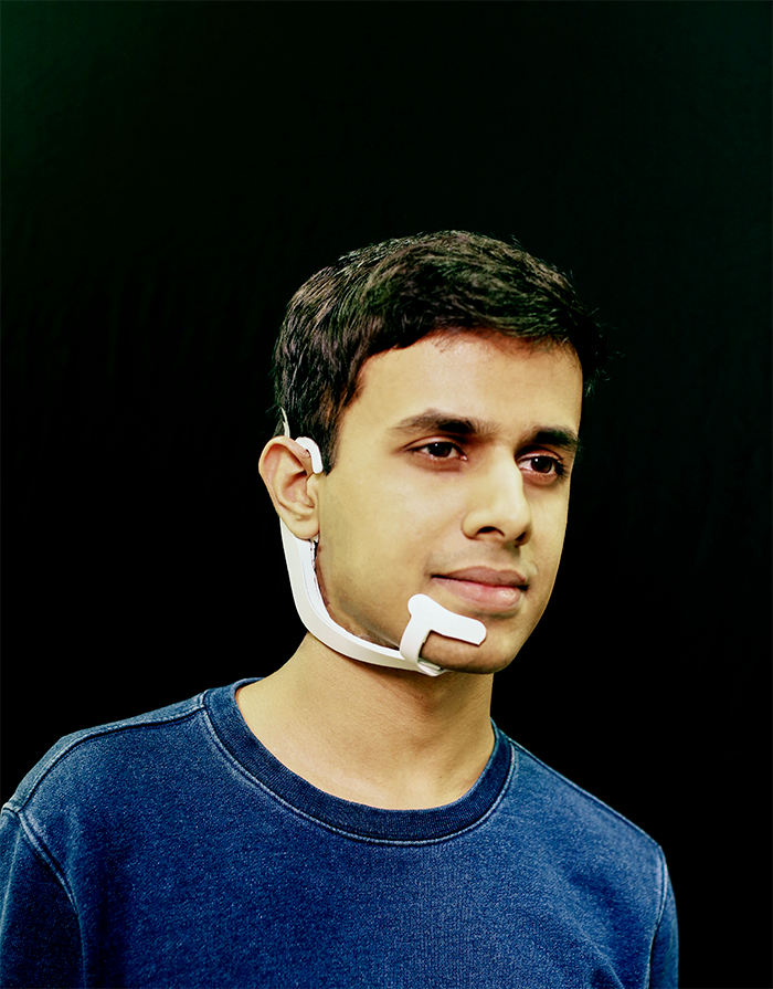 This Device Can Hear the Voice Inside Your Head