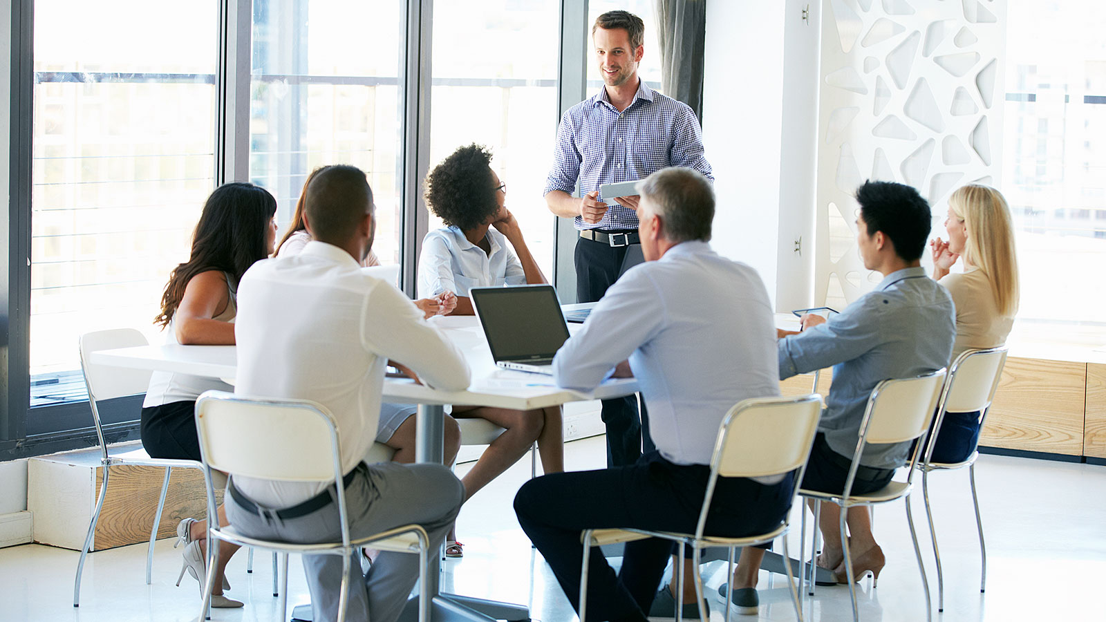 Quick tips for boosting your confidence during your next business presentation
