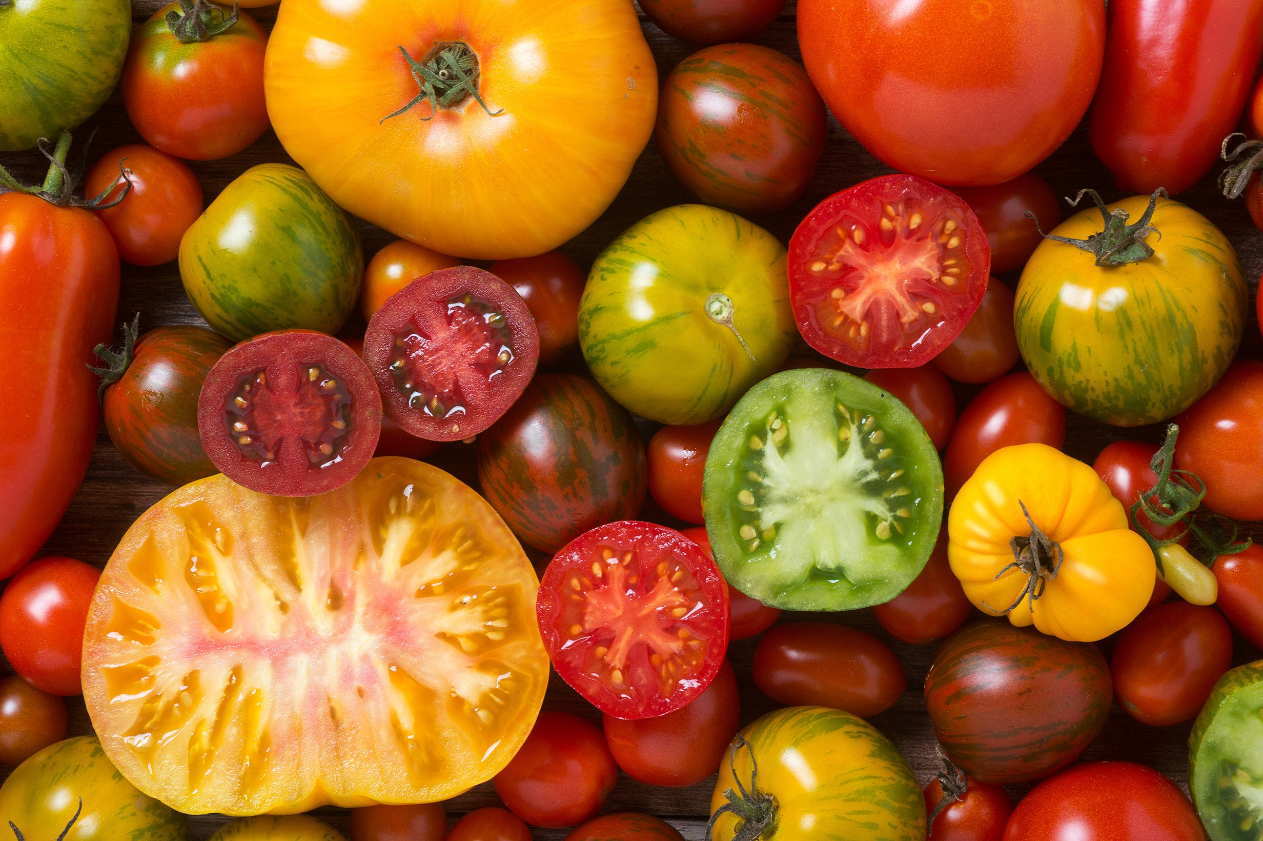 8 Surprising Lycopene Benefits + Foods & Side Effects