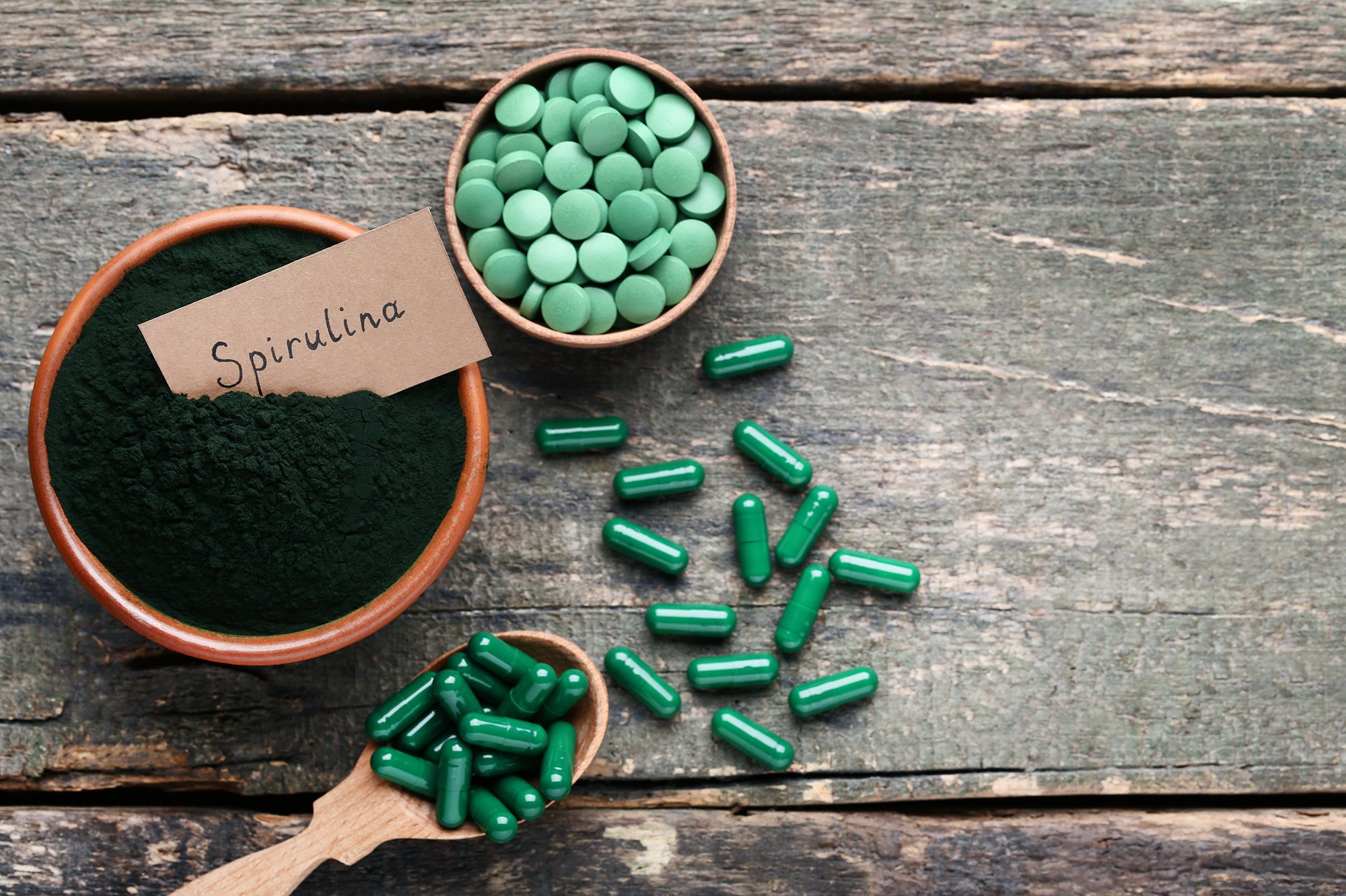 9 Health Benefits of Spirulina (Tablets, Capsules, Powder)
