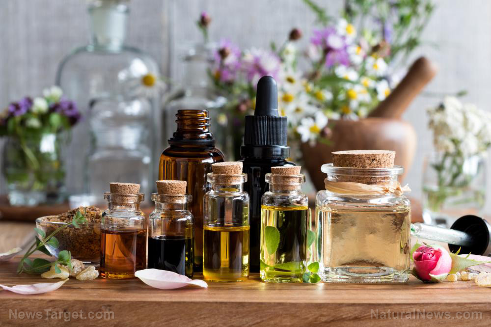 Aromatherapy can be used to improve symptoms like depression, stress, and pain in post-partum women